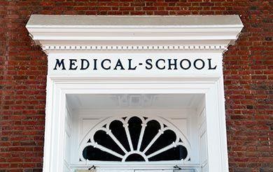 6 Gründe, warum Sie sich für ein Medizinstudium im Ausland entscheiden sollten