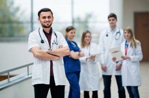 Ein Medizinstudium im Ausland? An den besten medizinischen Hochschulen studieren!